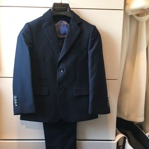 Gorgeous-break my heart to sell-boy's navy suit
